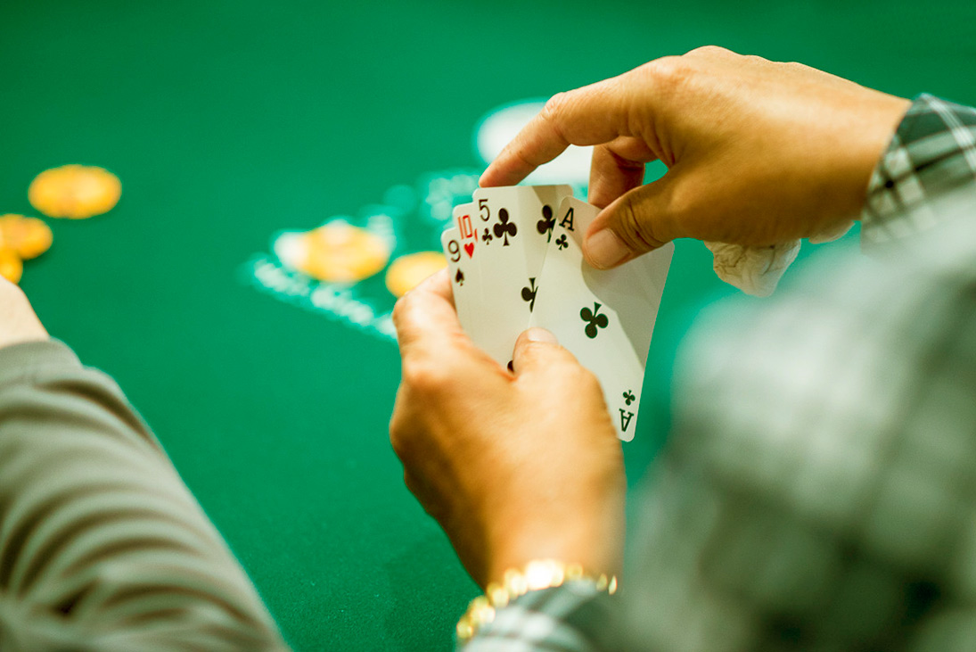 Types of Omaha poker.